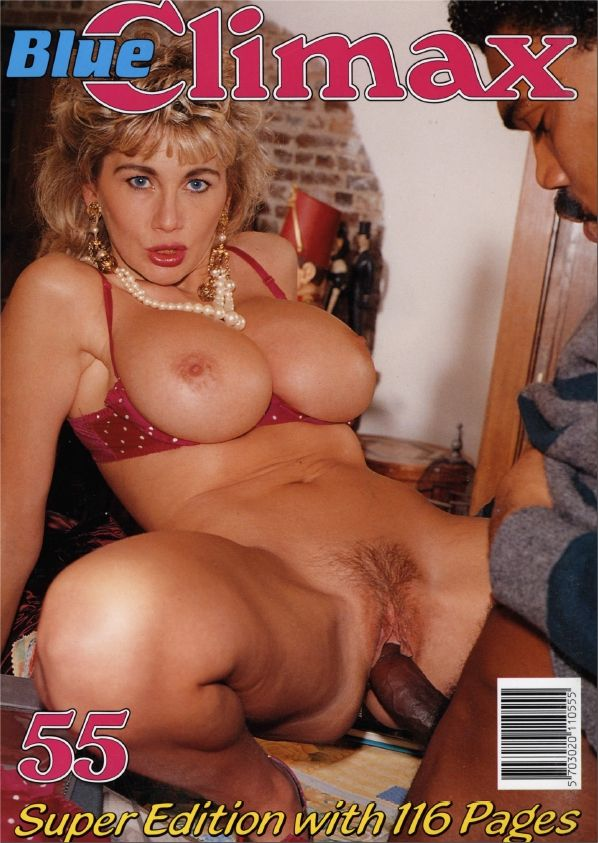 Sexy pornstar mandy sky up close and personal