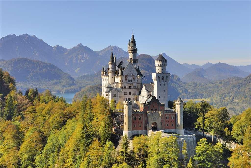 jigsaw puzzle of newschwanstein castle, clementoni, 6000 pieces puzzle of castles neuschwansteincastle-6000