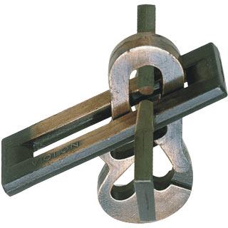 hanayama puzzles, metal puzzle by puzzlemaster, violin violin