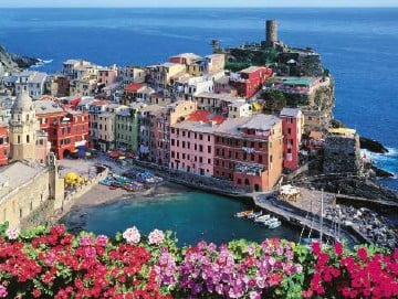 Italian Riviera Cinq Terre 1000 Piece Jigsaw Puzzle made by Ravensburger Puzzles in Germany cinqueterreitalianriviera
