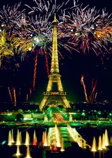 celebrating paris eiffel tower fireworks jigsaw puzzle 1000 pieces ravebnsburger germany celebrating-paris