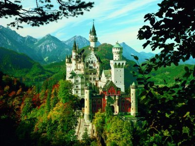 Neuschwanstien Castle in Summer 1500 Piece Jigsaw Puzzle by Ravensburger Games neuschwansteincastleinsummer
