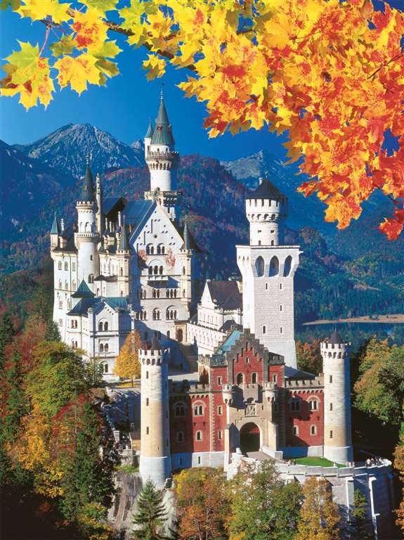 Neuschwanstien Castle in Autumn 1500 Piece Jigsaw Puzzle by Ravensburger Games neuschwanstein-in-autumn