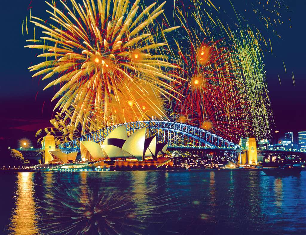 Fireworks in Sydney, Asutralia photographs by bildagentur huber images ravensburger jigsaw puzzle, 2 fireworks-sydney-australia