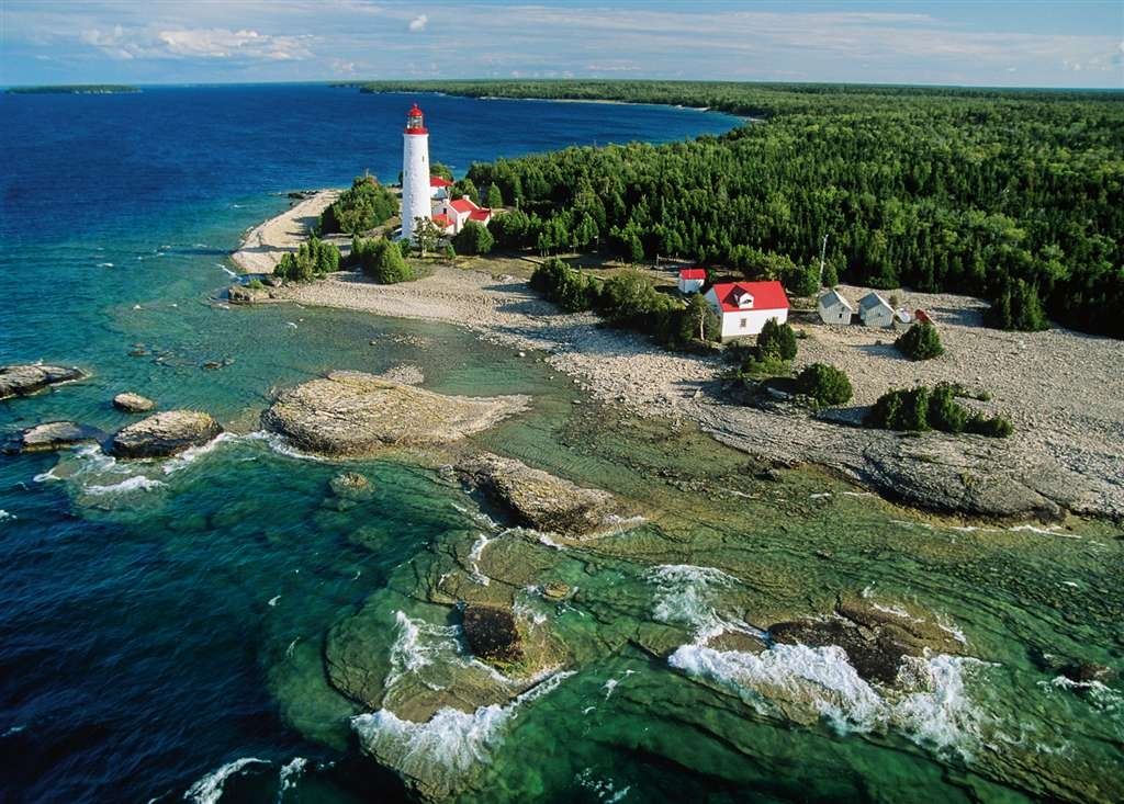 Lighthouse, Bruce Peninsula, Canada jigsaw puzzle by ravensburger, 1000 piece # 191529 lighthouse-bruce-peninsula