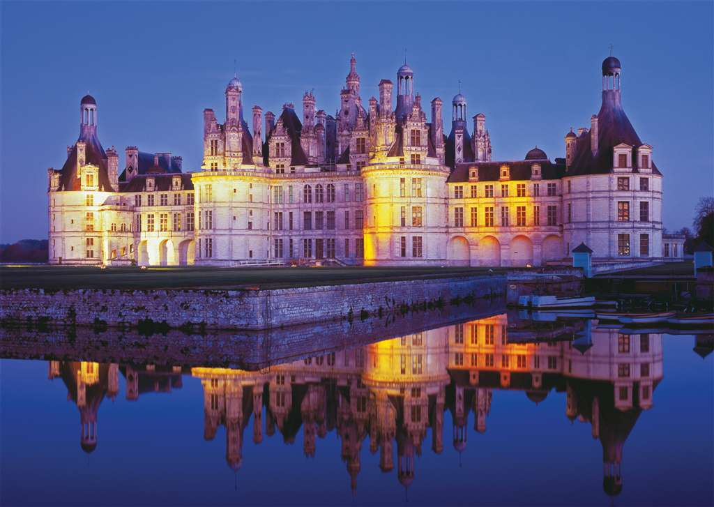 photo of Loire Castle Chateau de Chambord jigsawpuzzle by RavensburgerPuzzles loire-chambord-castle