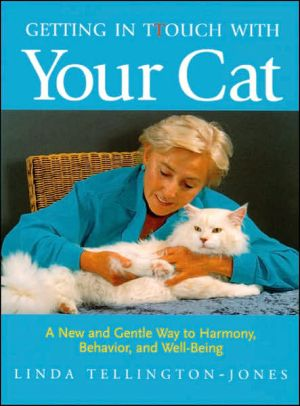 Getting in TTouch with Your Cat book written by Linda Tellington-Jones